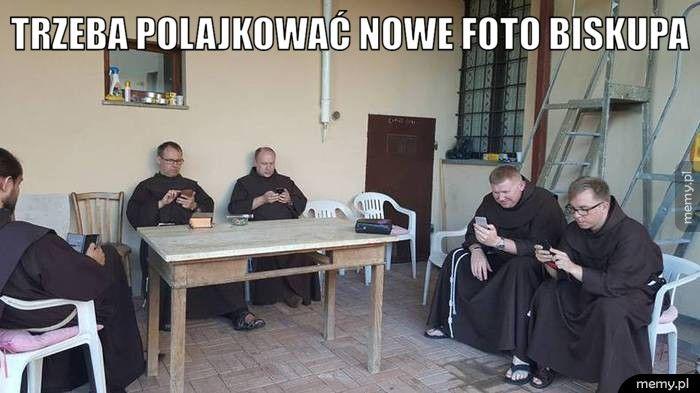 Lajkuj foto biskupa :)