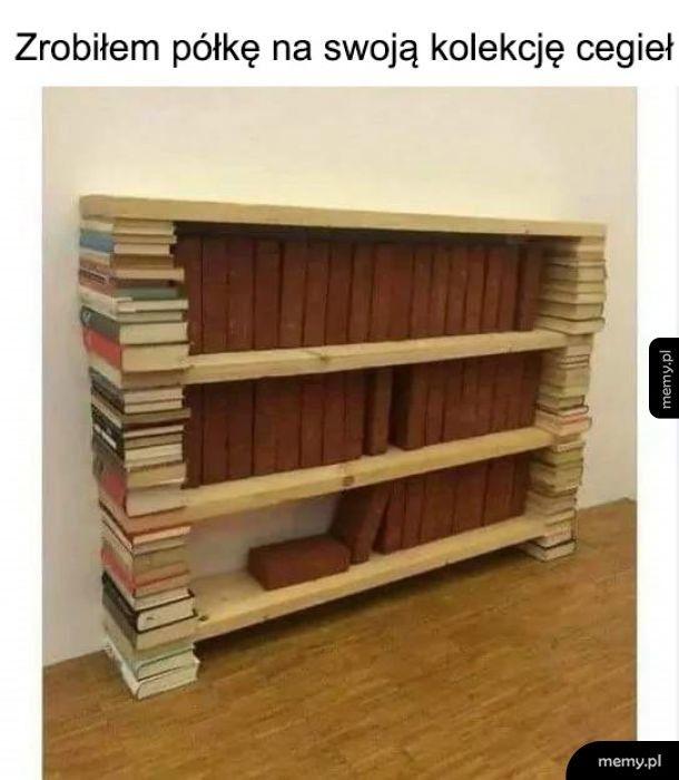 Półka na cegły z książek