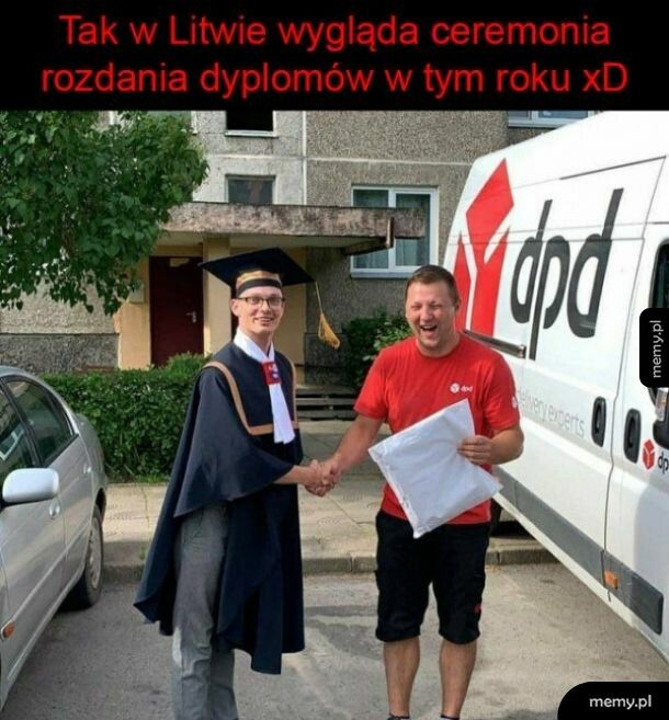 Rozdawanie dyplomów
