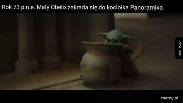 Baby Yoda w czymś, co mam nadzieję nie jest nocnikiem