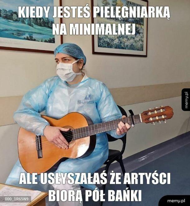 Służba zdrowia w kartonowym państwie