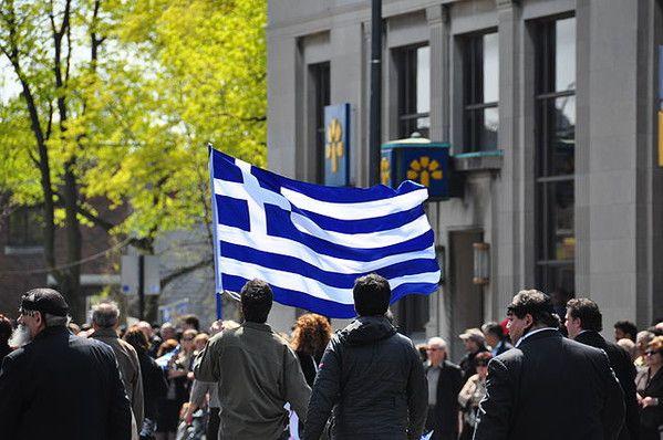 7 absurdalnych bonusów, które wypłacano pracownikom w Grecji