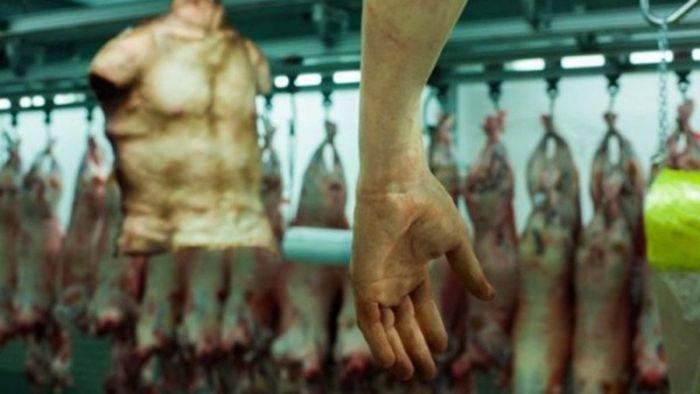 W Bangkoku sprzedaje się ludzkie części ciała. Obrzydliwe, ale ludzie to jedzą.