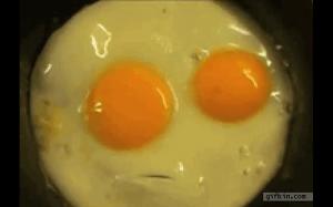 Myślę, że to jajko próbuje mi coś powiedzieć