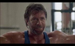 Kiedy Chuck Norris idzie na siłkę: