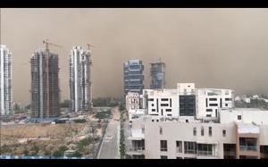 Burza piaskowa w Delhi
