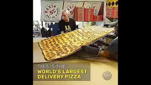 Dostawca najwiekszej pizzy na świecie