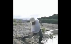 Mistrz w puszczaniu kaczek