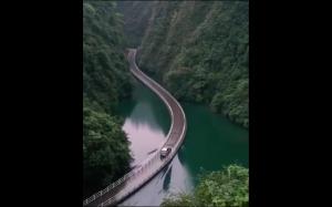 Pływający most