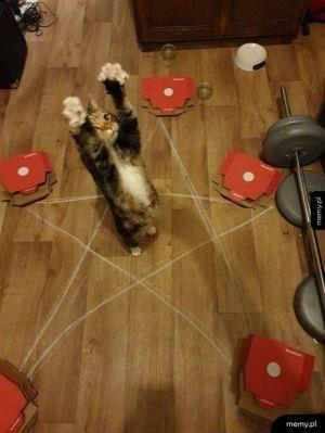 Koteł okultysta