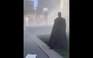 Batman przybywa na ratunek