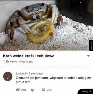 Jedzenie z krabem