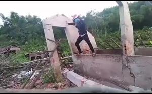 Demontowanie ściany