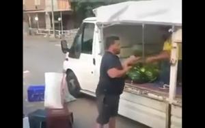 Sprzedawca melonów