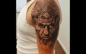 Realistyczny tatuaż